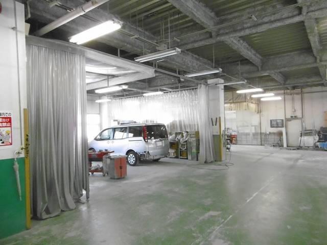 3階・鈑金/塗装作業場