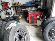 持込タイヤの組み換えや脱着交換も歓迎致します