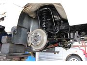 ブレーキパッド交換等の足回り修理・整備もお任せ下さい!