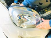 各種ライト・ウィンカー類パーツの取付けを行います。