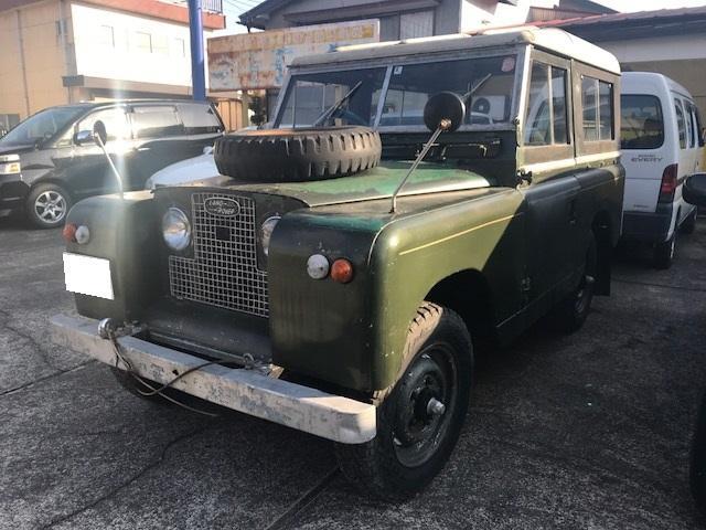 ランドローバーの旧車ですが、まだまだ現役。東京方面へ数回出かけています。