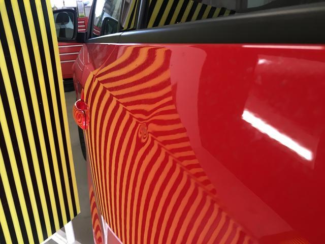 気が付いたら愛車にヘコミが!塗装剥がれが無い場合、デントリペアでの修理が可能な場合が多くあります。