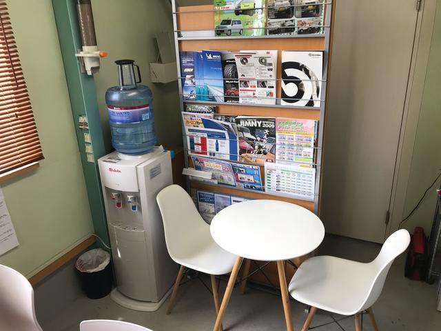 我孫子店 待合スペースも完備