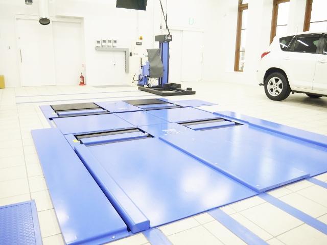 最新の車検検査設備を完備!あらゆるメンテナンス・修理にも対応が可能です!