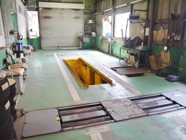 車検検査ラインなど指定工場ならではの充実した設備!1日車検も可能です。