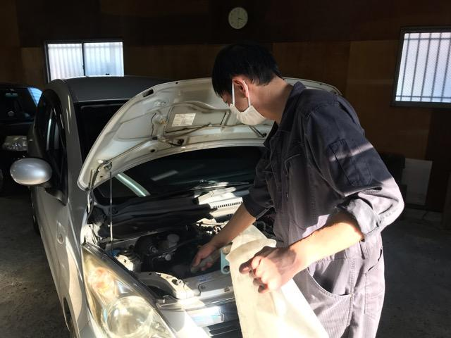 プロの整備士が確かな技術で対応致します。愛車のお悩みはお気軽にご相談ください!