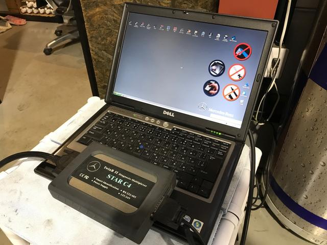 リフト3基&コンピューター診断機3台完備!お車の事なら当店へお任せください!