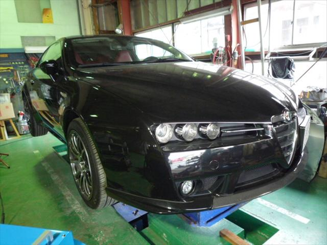 ベンツやBMW、アルファロメオ、フォルクスワーゲン等の外車、輸入車の鈑金修理も対応しております