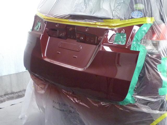 お車のキズへこみ直し、保険修理もお任せ下さい