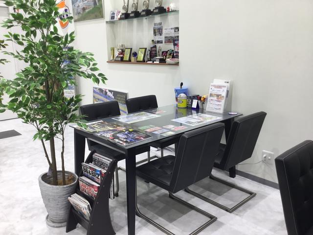 店内の商談スペース。