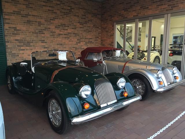 英国が誇るクラシカルスポーツカーMORGANの新車も多数展示。希少な限定モデルも展示販売中!