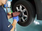 タイヤチェンジャー完備!新品タイヤへの交換も大丈夫です。