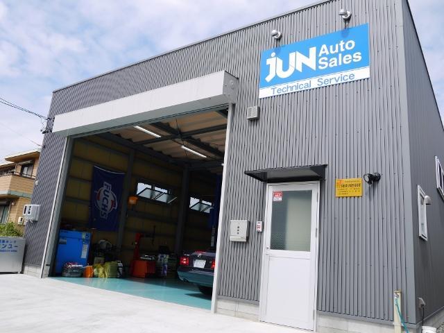2016年7月に新規オープンした当社自慢の整備工場です。