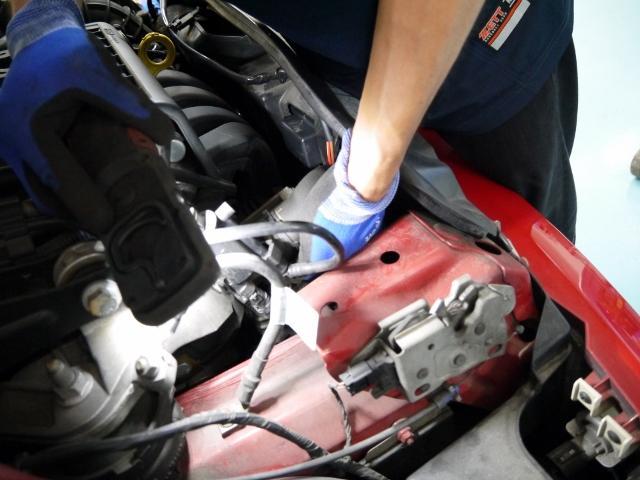 整備を行う整備士は国家資格を有した「整備のプロ」がサポート致します。