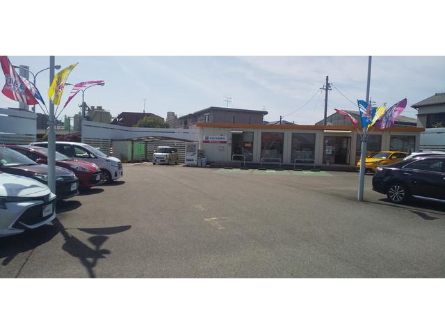 トヨタカローラ愛豊(株)  稲沢おりづマイカーセンター(3枚目)