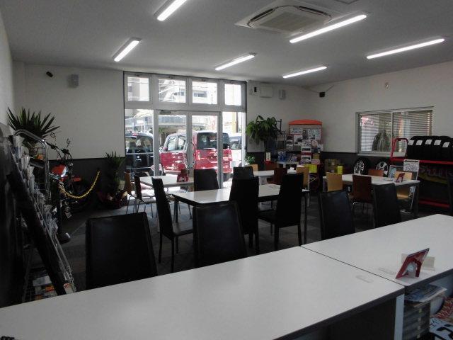 (有)ロードカンパニー GC名古屋西店(3枚目)