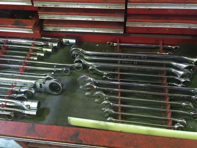キレイに並んだ工具。整備にかかせない相棒です。