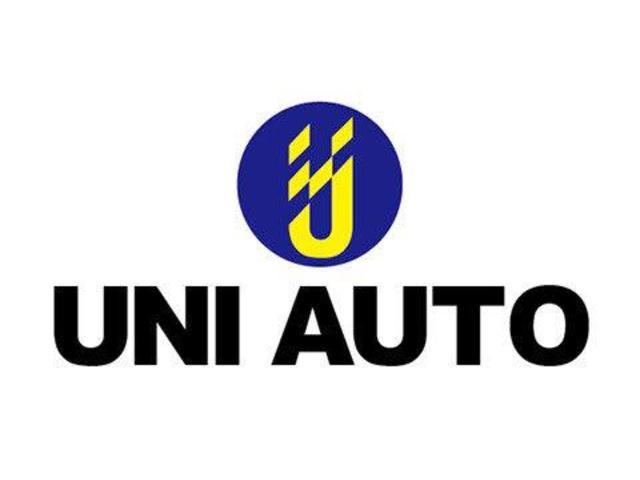 当社では自社輸入のベンツ新型モデルをはじめ、厳選された良質インポートカーを取り扱っております。