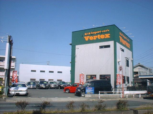豊川インターチェンジ~車で8分!国道1号線沿いです☆緑の看板にオレンジの字が目印!!来て下さい♪