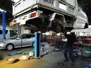 エンジン関連部品の修理・整備を行っております。