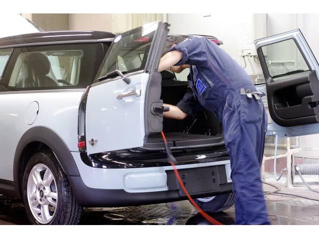 愛車のシートを汚れなどから守る、シートのコーティング施工「インテリアガード」