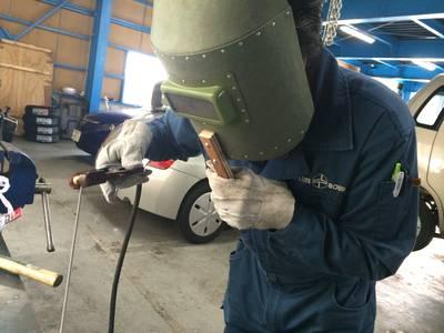 溶接で部品の修理!