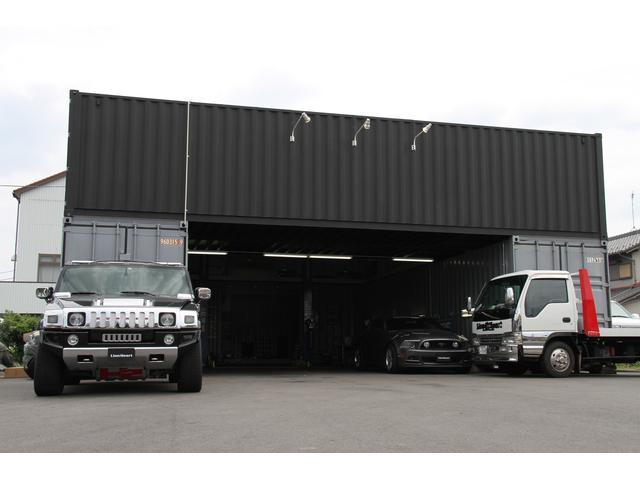 自社工場完備しております。納車整備、緊急時のトラブルにも迅速に対応いたします。国家資格整備士も常駐。