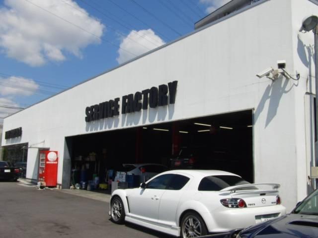 名古屋店は認証工場ですが、最短一日車検も可能です。(事前予約が必要です)