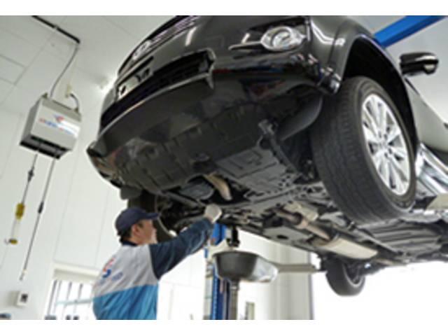 クイック整備から、車検・鈑金等幅広くご利用ください。