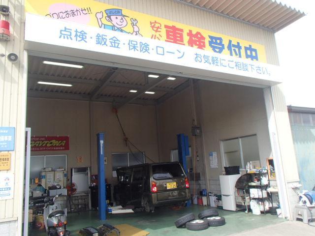 (有)よしとみ自動車 自社整備工場完備・全車保証付販売(3枚目)