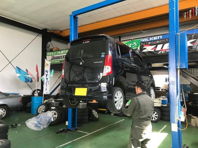 タイヤの保管サービスも承っております