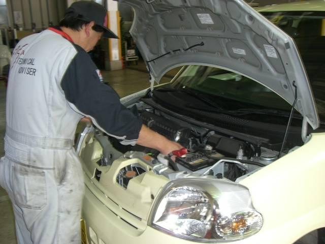 エンジン内部の点検です。