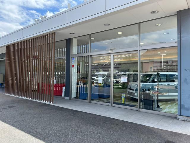 未使用車専門店 くるまのハヤシ (株)ハヤシ自動車 名古屋南店(1枚目)