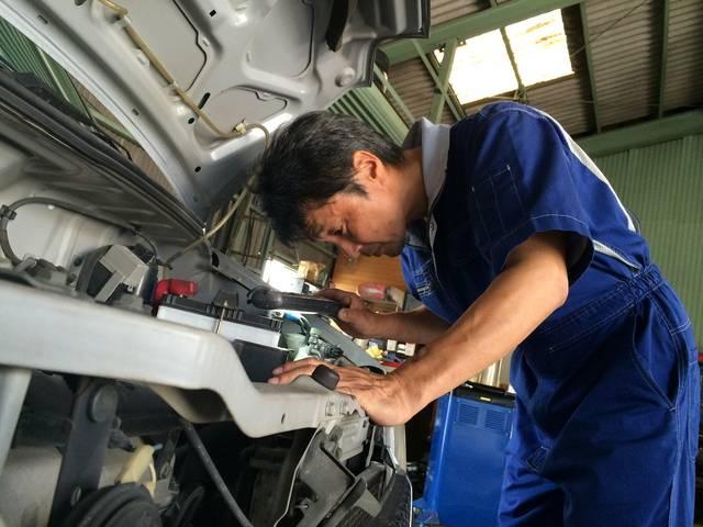 お車のどこに原因があるのか。しっかりとチェックいたします!岡崎市のお車をしっかり整備します。