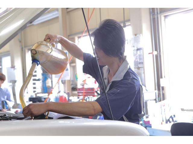 オイルは車の血液です!!エンジンの寿命にもかかわりますのでこまめな交換を!!!岡崎市でタイヤ交換。