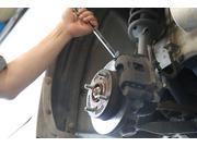 サスペンション関連・ブレーキ関連の取付け作業
