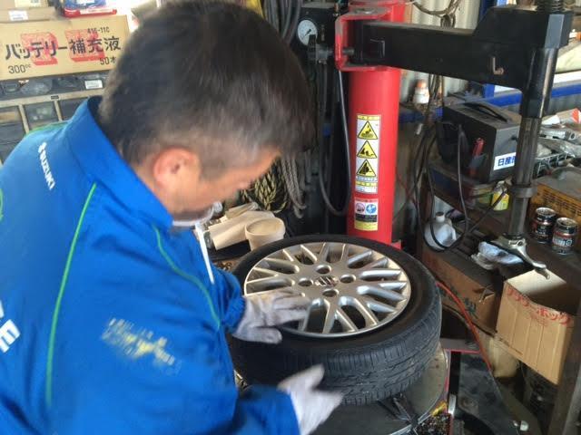 タイヤ交換も承ります!