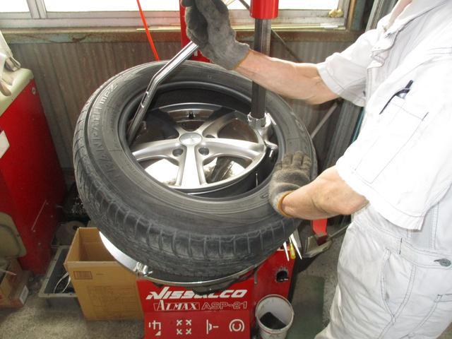 タイヤのパンク修理1本から、他店購入の持込タイヤ交換まで対応!