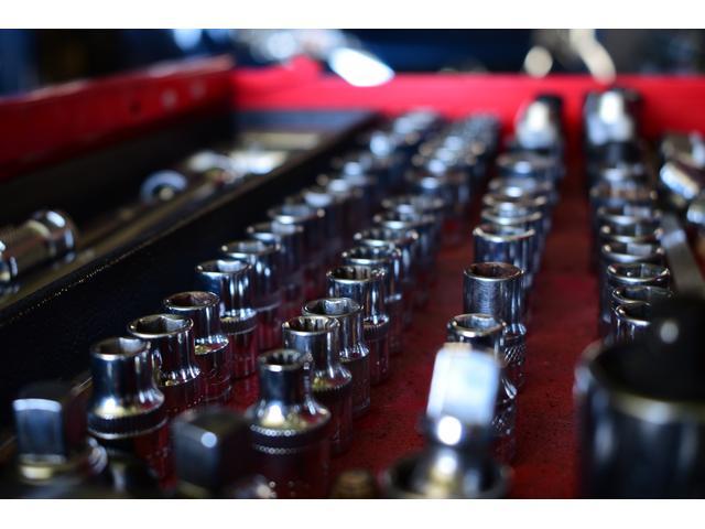 きっちり並んだ工具がズラリ!工具は整備士の心!大切に致します。