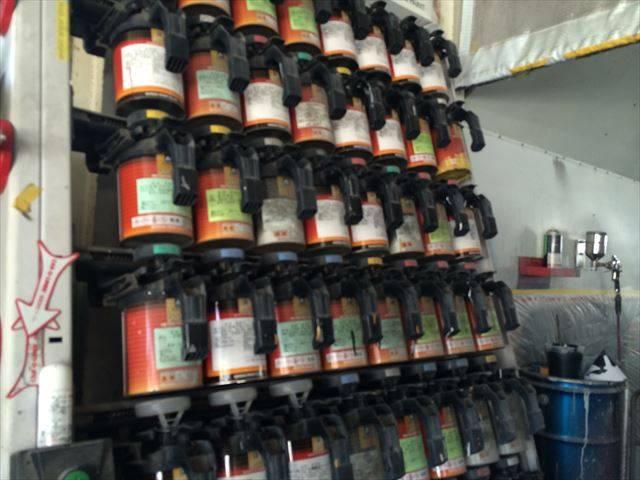 国産車各職カラー製作できます!塗装のご用命も是非当店で!