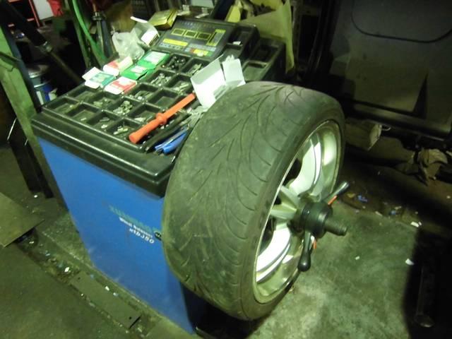 タイヤ持込交換から販売までおまかせください!
