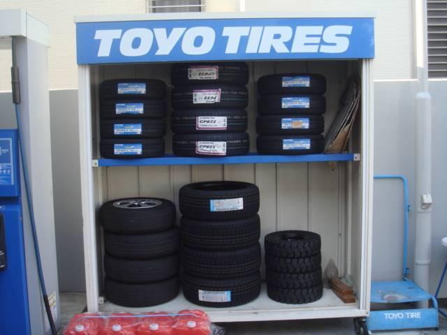 よくあるサイズのタイヤは在庫してあります!緊急時にもご連絡ください!