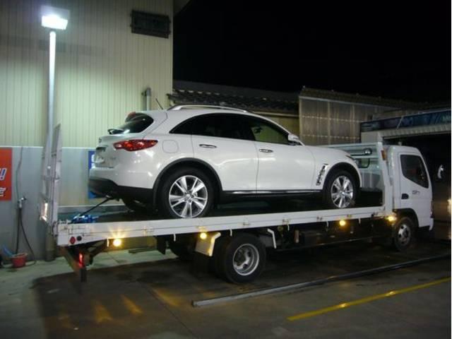 積載車も完備・緊急時には出動いたします!