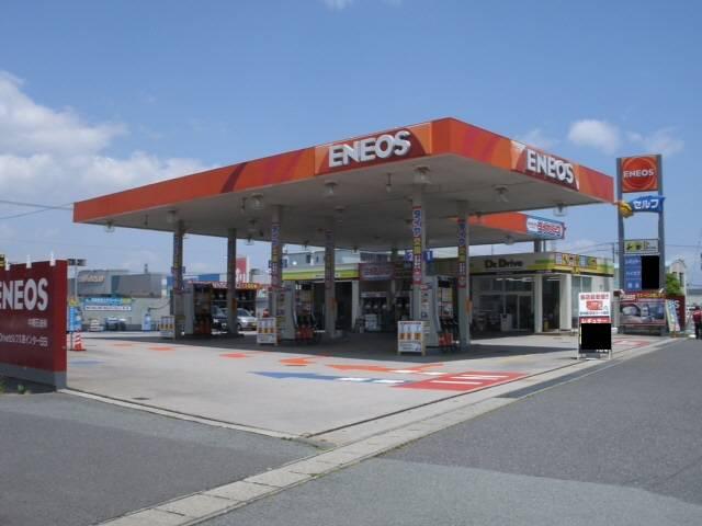 津市久居インターすぐそばの中桐石油でお車の整備・修理を!