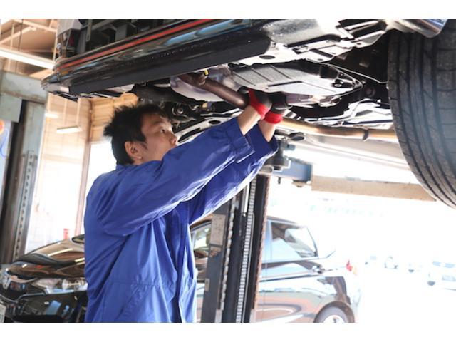 電装関係の修理も専門スタッフが在籍しております!
