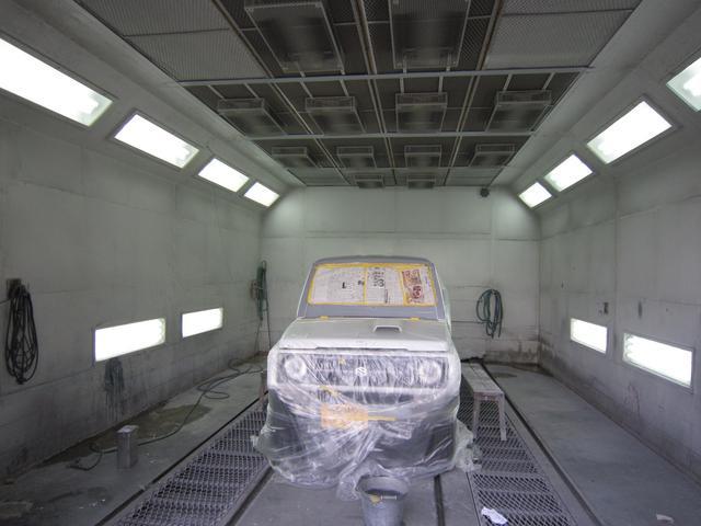 また、専門塗装ブースもありますので、全塗装などもお受けしてカスタマイズも可能です。