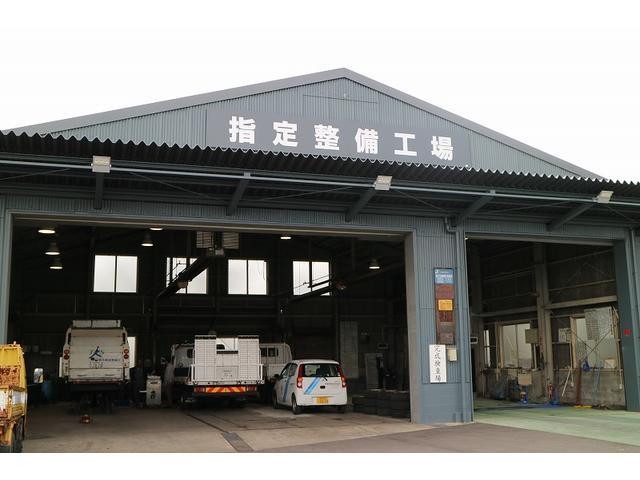 大型車(バス・トラックなど)専用の整備工場も完備。法人様、業者様もまずはお問い合わせ下さい