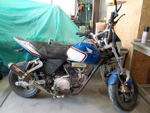 バイクのメンテナンスや塗装もお任せください!!