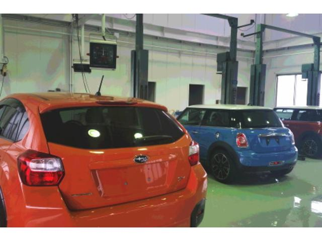 認証自動車整備事業工場と高い技術を持った国家資格整備士が常駐。安心でリーズナブルな車検整備を実現。