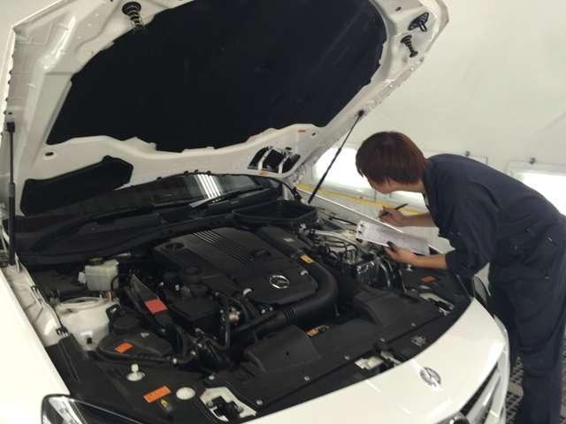 車両入庫時に全車品質検査を行います。外部検査とのダブルチェックにより販売車両の品質を確保しています!